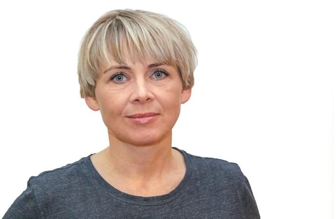 Meibritt Djurhuus : Virkandi deildarleiðari